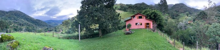 Casa do Abacateiro