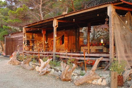 Fisherman's house - island Mrcara - Uble