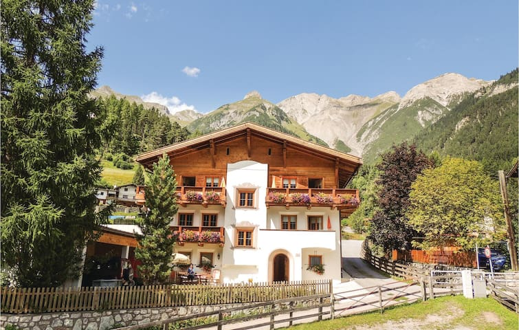 Holiday apartment with 2 bedrooms on 85 m² in Pettneu am Arlberg