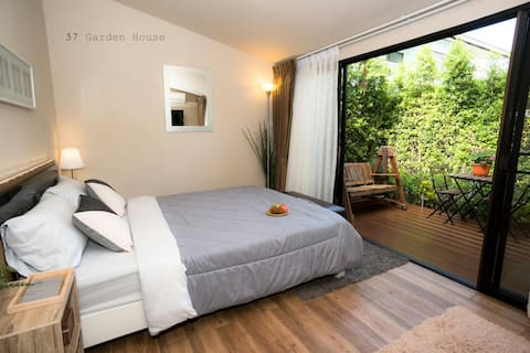 37 Nature House: 10 mins to DMK Int'l Airport