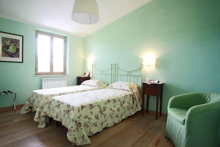 stanza privata Ascoli Piceno - Ascoli Piceno - Bed & Breakfast