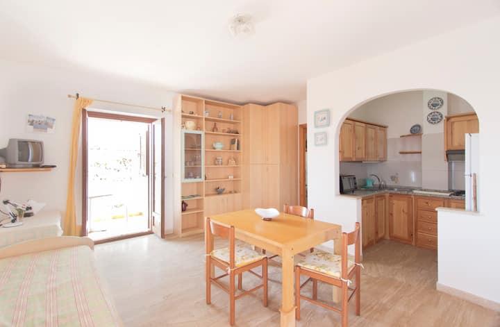 Residence Biriola veranda, wifi, AC, park - Osala
