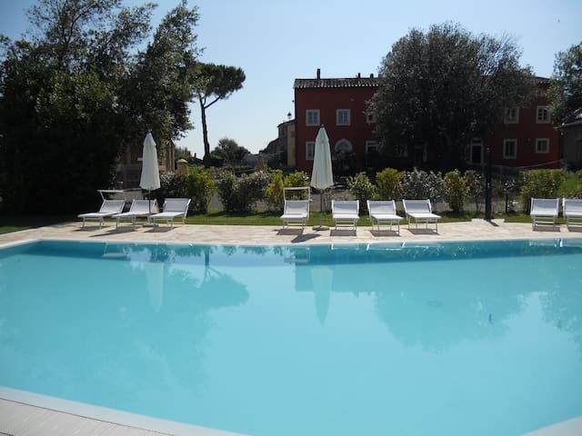 Borgo Libbiano set in the Tuscan Country side - Peccioli - Daire