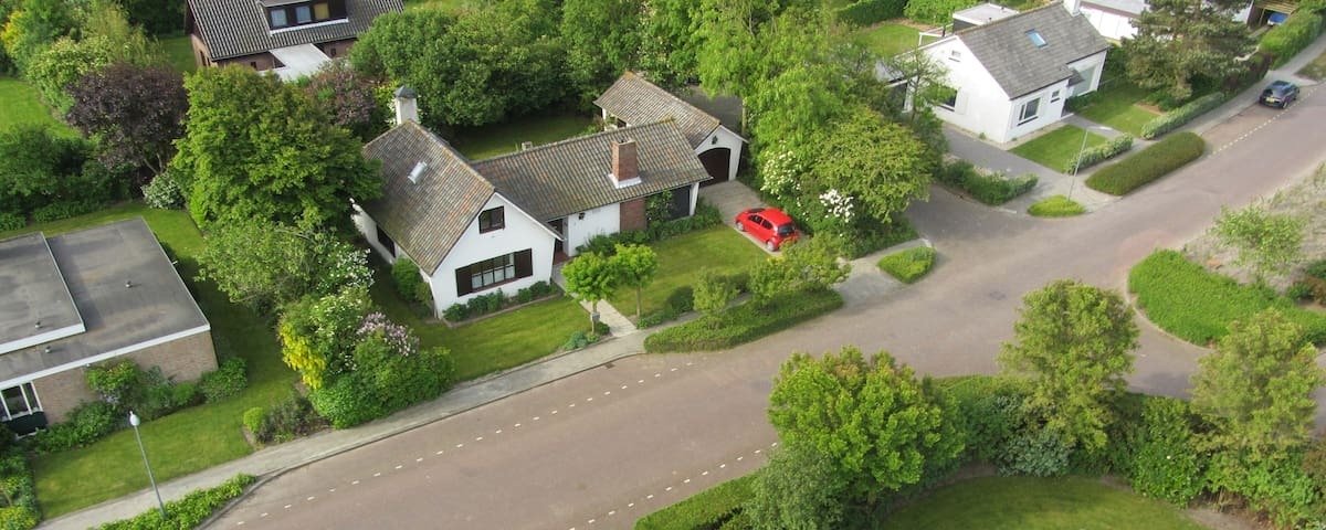 Quietly situated near fine beach - Domburg - House