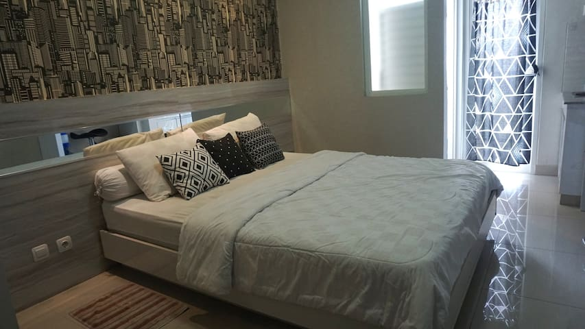 Secure, Around City Center, Clean and Private