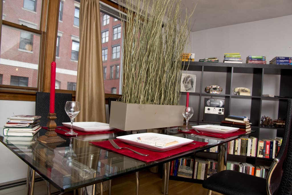 Pied a terre in heart of North End