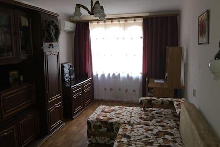 Сдаётся двух комнатная квартира - Essentuki - Byt