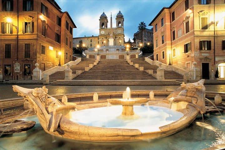 Piazza di Spagna Luxury Apartment - Roma - Pis