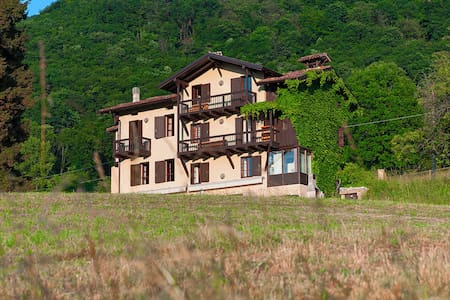 Gmur Villa on the hills of the Gard - Gavardo