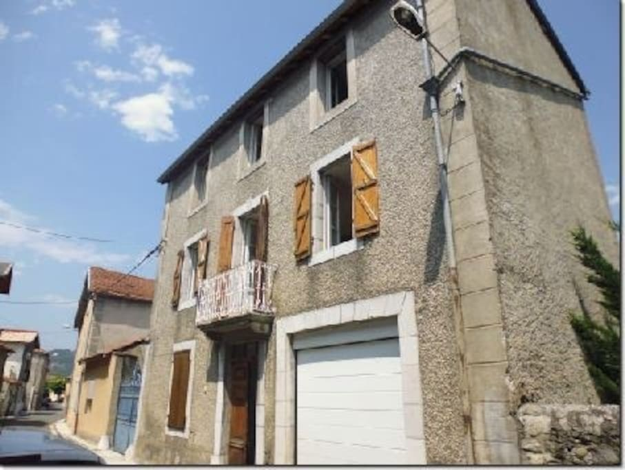Maison in hautes pyrenees chambres d 39 h tes louer for Maison hote pyrenees