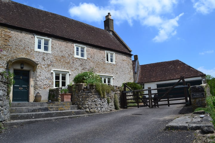 The Attic, Mells, nr Bath, Longleat & Stonehenge
