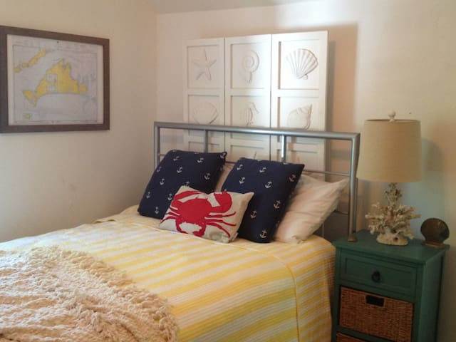 Charming 4BR Falmouth Cottage