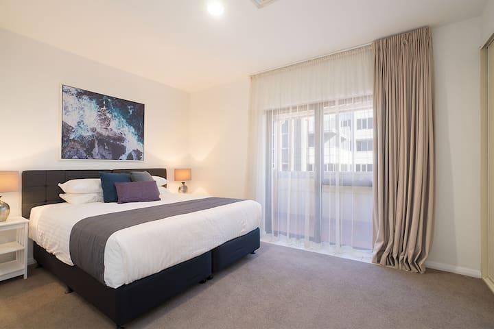 Beau Monde Apartments Newcastle - Boulevard 3BR