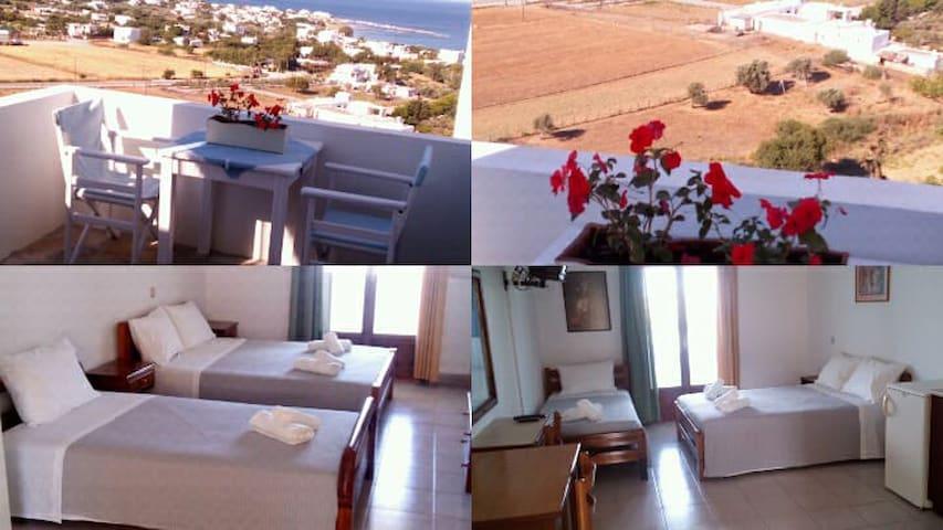 Elena's Apartments: Room for Three