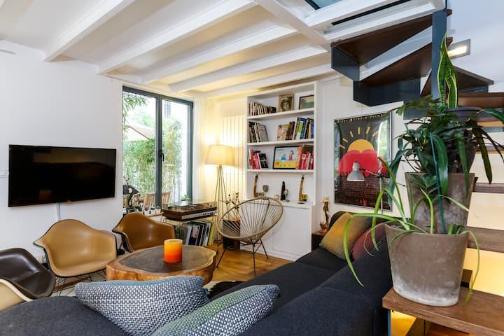 Maison D Architecte Au Coeur De Montmartre Appartements A Louer A Paris Ile De France France