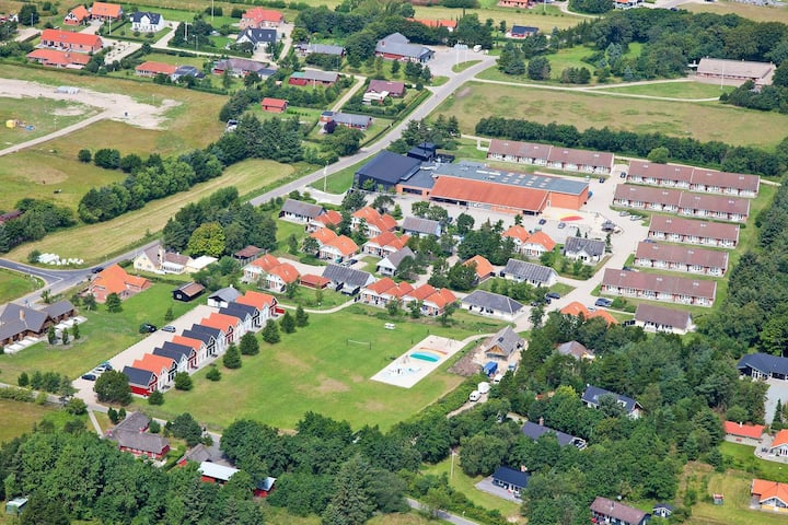 2 person holiday home on a holiday park in Blåvand