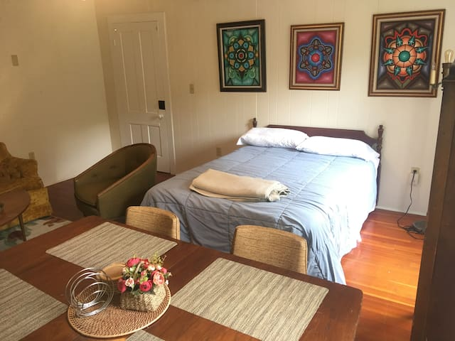 Studio-Inspired Bedroom by an Experienced Host!