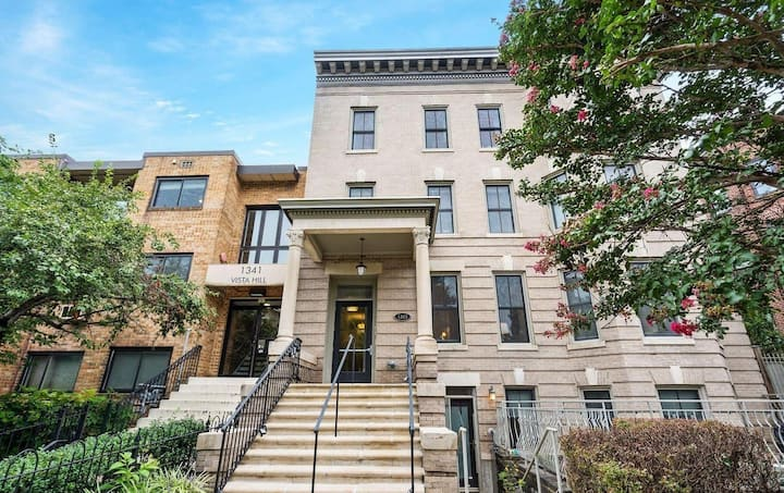 Elegant newly renovated  2BR/2BA in 14th Street DC