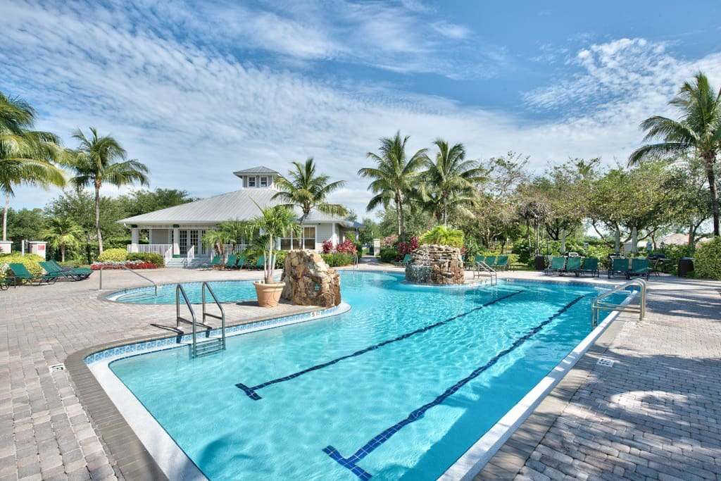 Sienna Golf Condo at the Lely Resort - Community Pool and Hot Tub