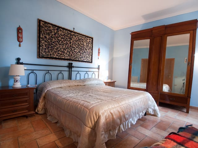 Your home in Italy, in a castle - Spoleto - Huis