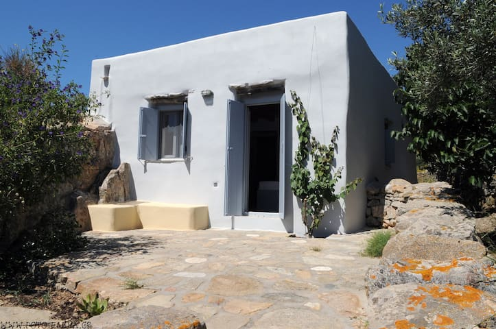 Rock Cottage - Tinos - Casa