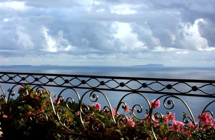 Cozy Villa with Amazing Sea View - Palasë - Huvila