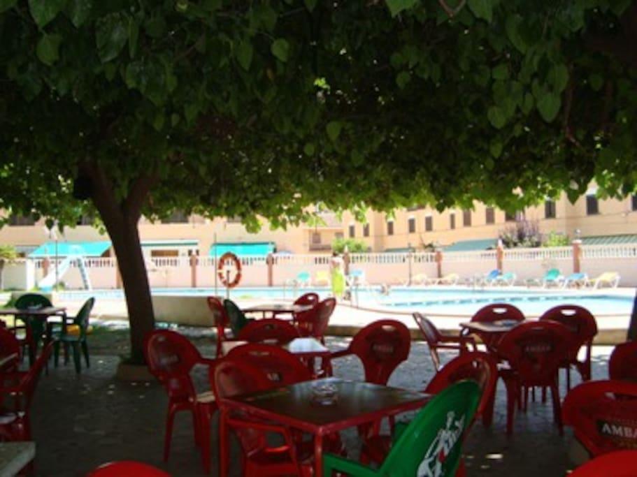 Bar y restaurante en la urbanización
