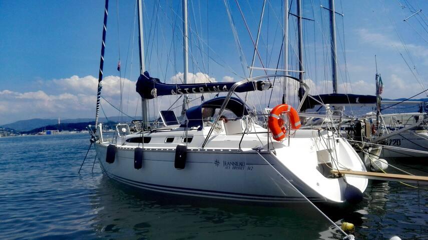 Boat&Breakfast in barca a vela 34.2 ft a Fezzano - Portovenere - Barco