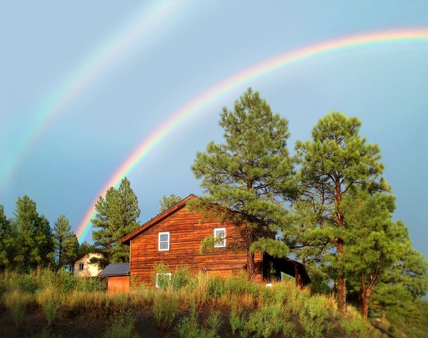 Split pine cabin privacy serenity houses for rent in for Cabins in denver colorado for vacation