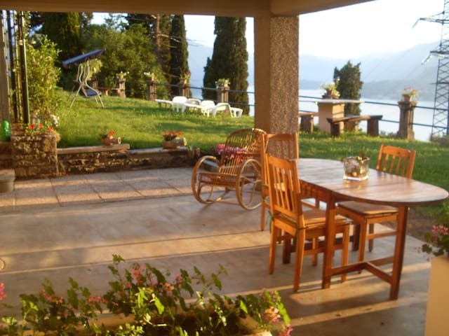 VEZIO HILLS HOUSE Varenna Lake Como - Perledo - Apartment