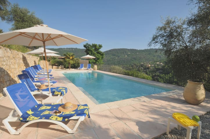 Lower Gdn Apartment & *Heated Pool* - Le Bar-sur-Loup - Apartament