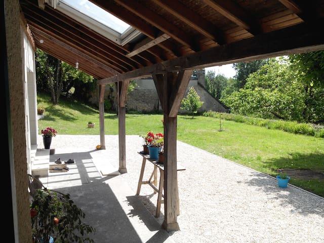 Bright country house, Azay