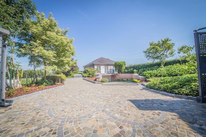 Villa duVivier - Gîte de luxe 10 p. Piscine Durbuy