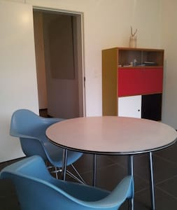 centraal gelegen modern appartement - Geel