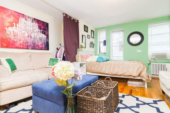 Best Village Location Studio Apt! - New York - Flat