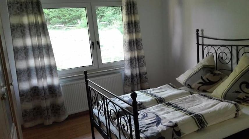 Zimmer für Monteure, Singles und Pärchen - Melle - Wohnung