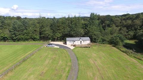 Garlogie Lodge.    2 Woodbank Crofts