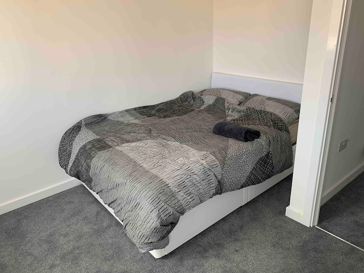 Room in Luxury new build House (Stanground)
