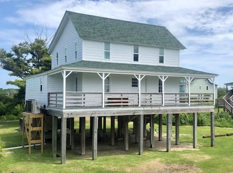 Kate's House, Soundside 3 bed in Avon NC, sleeps 6