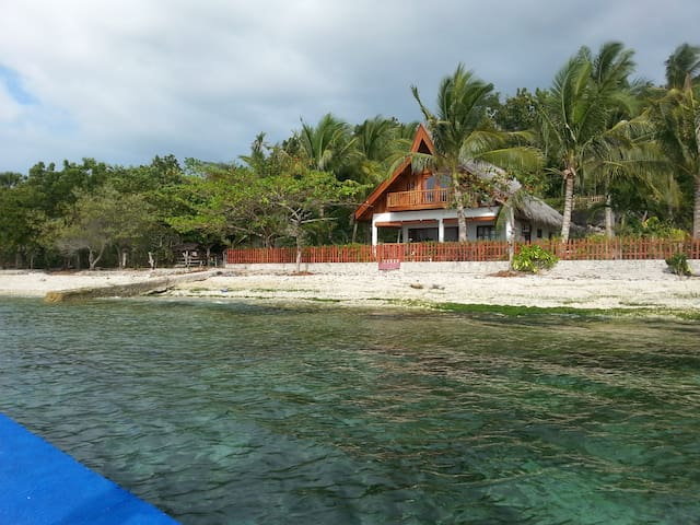 Philippine Beach House - Santander - Rumah