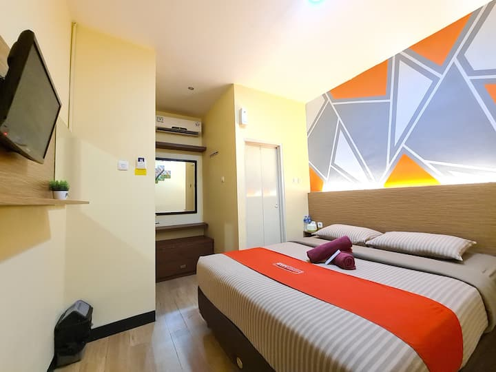 Superb Standard Room at City Icon Residence