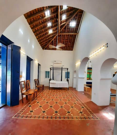 2 bedroom Portuguese style  Goan House in Calangute ,5 min walk to the beach