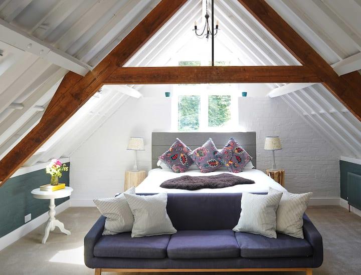 Ebble - Luxury Double Room Bird & Carter Fonthill