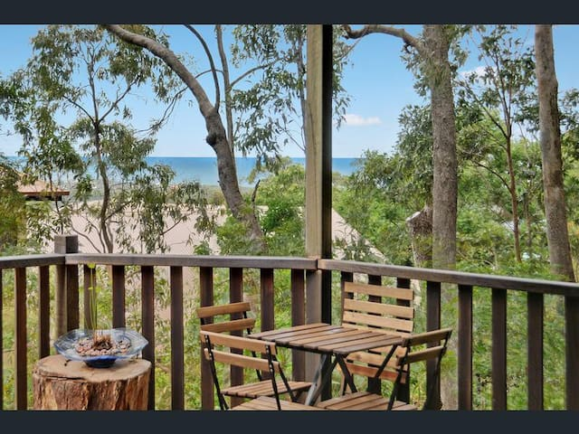 Mount Coolum with views of the ocean - Mount Coolum - Rumah