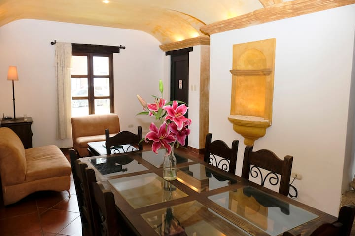 5-stars Colonial House / Free Parking  ***** # 2