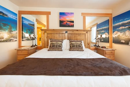 One room & bath sleeps 2  no pets - Tahoe City