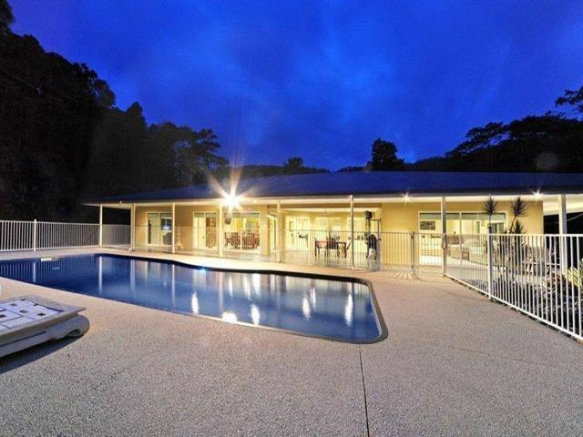 Kookaburra Lodge - Whitsundays - Cannon Valley - House