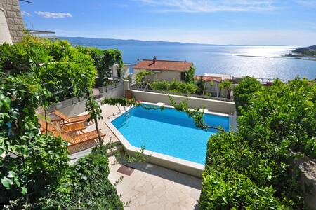 Seaview Holiday House in Omiš - House