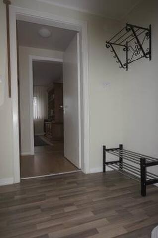 central flat in Köln Deutz for 2 adults with 1 or 2 children