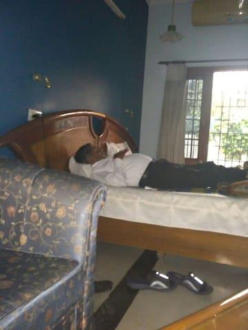 Krishma's Apartment - Panchkula - Teljesen felszerelt lakás